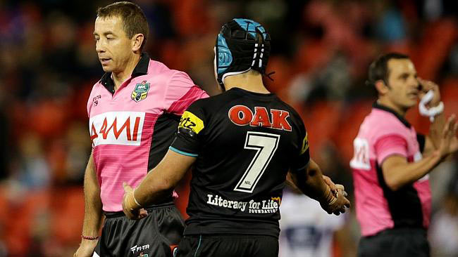 Jamie Soward complains to Ben Cummins the referee
